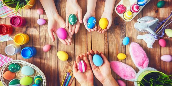 DIY : Des œufs colorés pour Pâques
